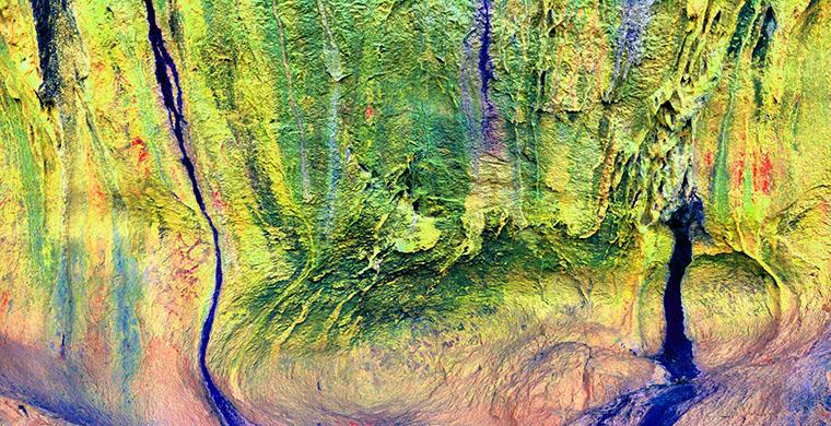 Panoràmica dels tres sectors principals amb pintures de Cova Centelles, fals color.